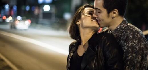 Ensaio O Beijo no Asfalto - Foto: Rodrigo Dionísio/Divulgação