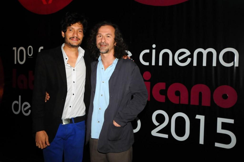O ator Léo Kildare Louback e o diretor Dellani Lima, do filme Trago Seu Amor, no Festlatino - Foto: Marcos Finotti/Divulgação
