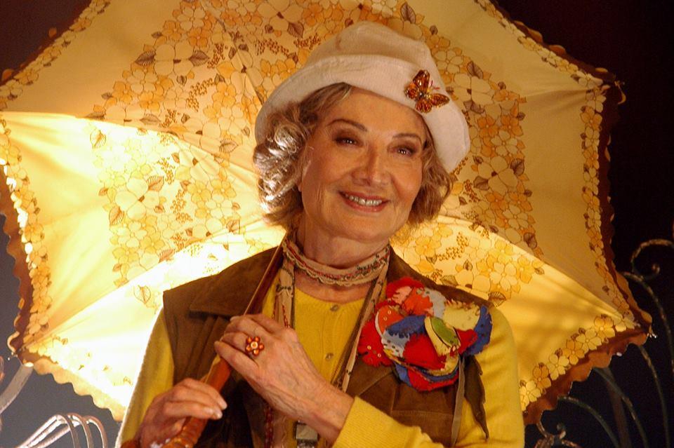 Gloria Menezes em Ensina-me a Viver: 80 anos no palco - Foto: João Caldas