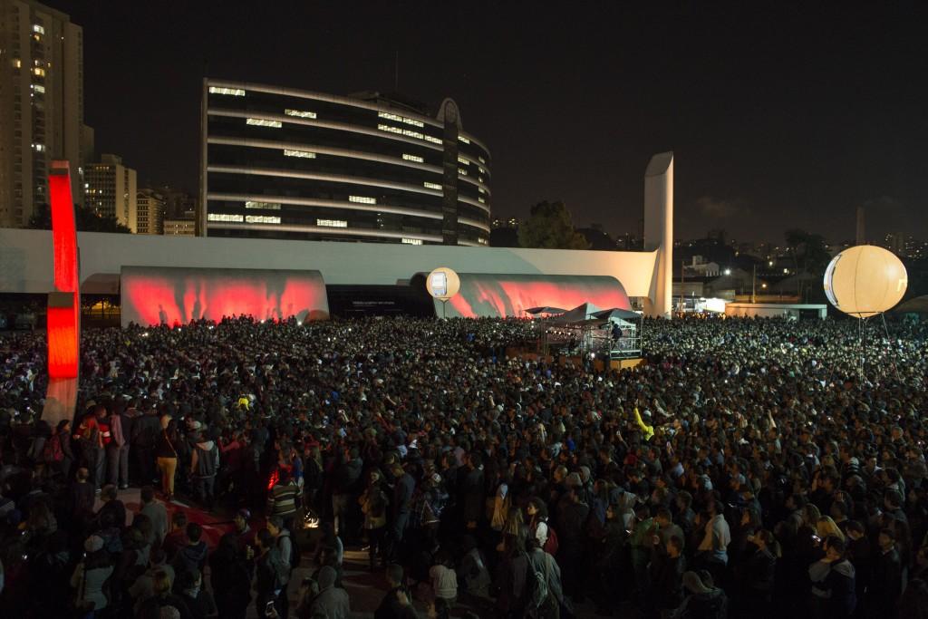 Cerca de 40 mil pessoas assistem musical Cazuza - Pro Dia Nascer Feliz no Memorial da América Latina, em São Paulo, em 26/6/2015 - Foto: Daniela Agostini/Divulgação