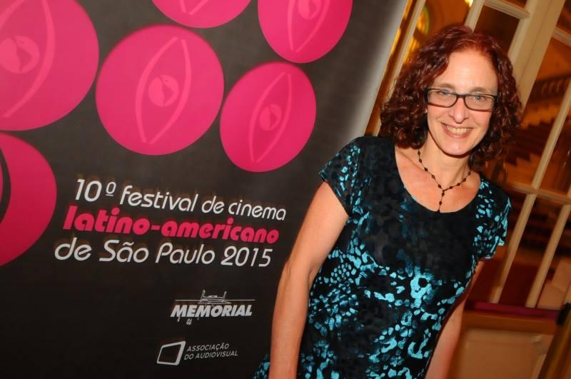 Suzana Coroneos, responsável pelo projeto gráfico do Festlatino - Foto: Marcos Finotti/Divulgação