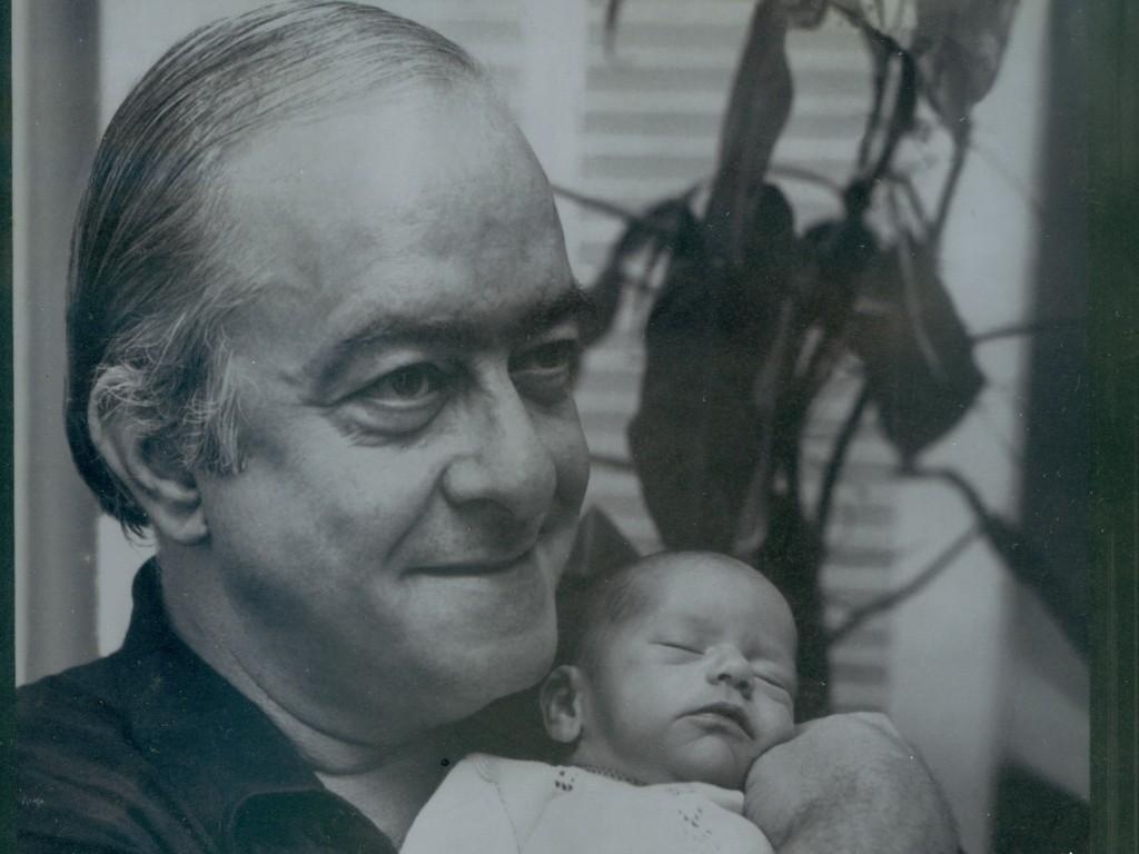 Vinícius de Moraes com a filha Maria - Foto: Divulgação