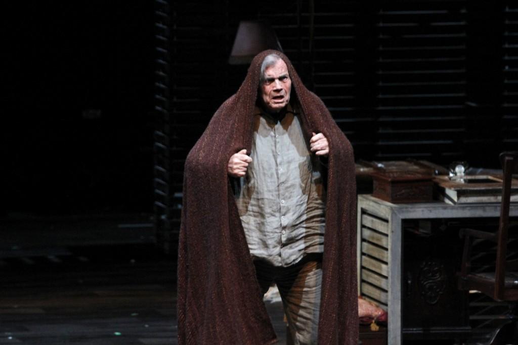 Em O Camareiro, Tarcísio Meira vive um grande ator que se despede dos palcos - Foto: Paduardo/Phábrica de Imagens