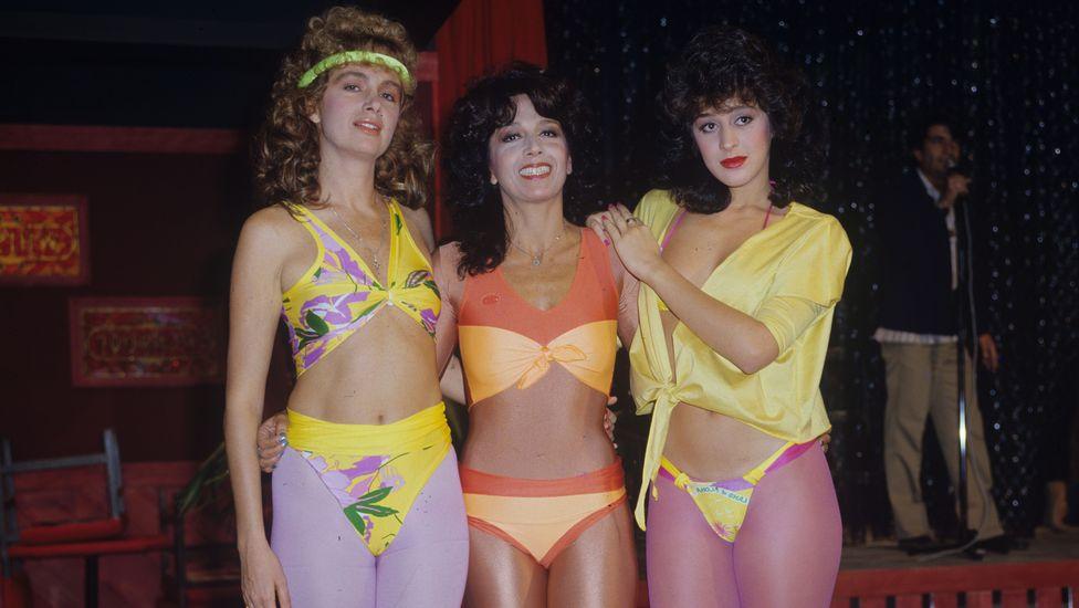 Yoná Magalhães, entre Ísis de Oliveira e Claudia Raia, no grande sucesso Roque Santeiro, de 1985 - Foto: Divulgação