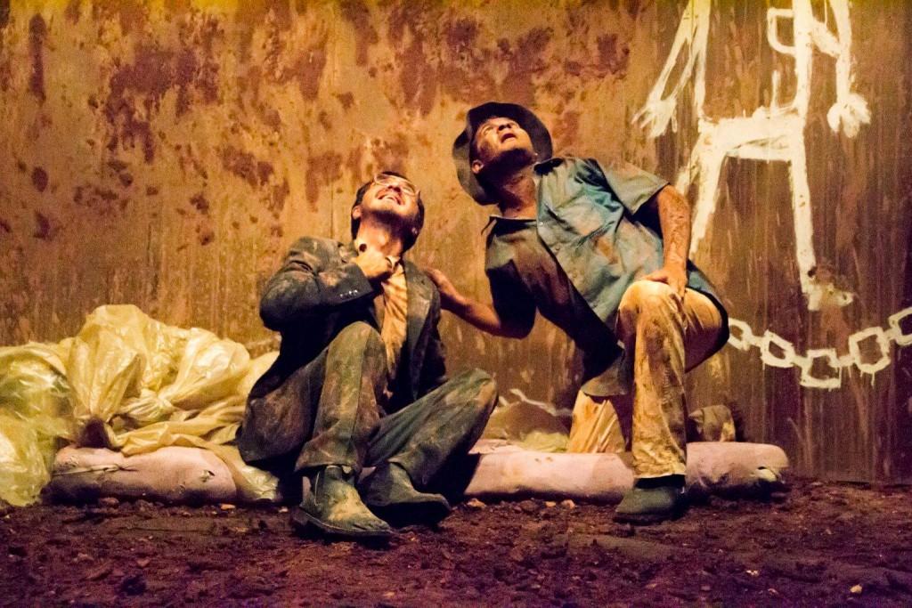 Cena da peça Lodo, com no 10º Fentepira - Foto: Rodrigo Alves