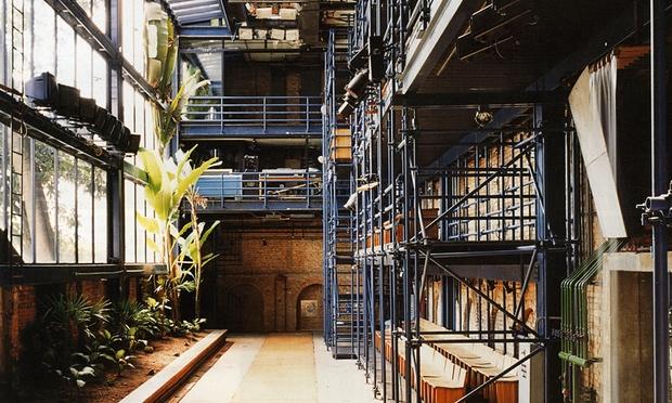 Interior do Teat(r)o Oficna: no topo da lista do The Guardian dos mais belos teatros do mundo - Foto: Elito Arquitetos/Divulgação