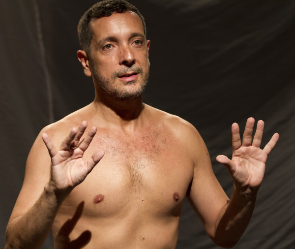 Germano Melo se inspira em grandes filósofos para fazer trilogia teatral - Foto: Divulgação