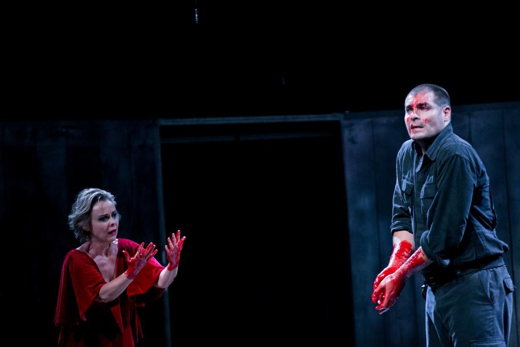 Cena de Macbeth no 25º Festival de Teatro de Curitiba - Foto: Annelize Tozetto/Clix