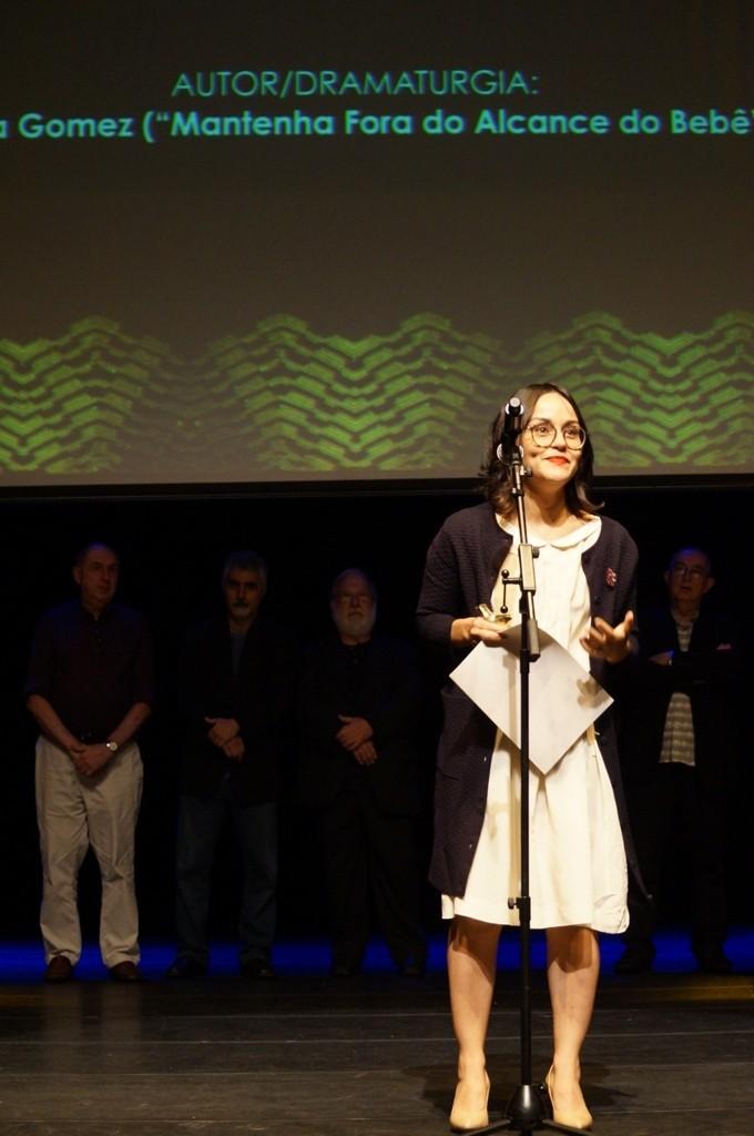 Silvia Gomez, melhor dramaturga por Mantenha Fora do Alcance do Bebê - Foto: Roberto Ikeda/Divulgação