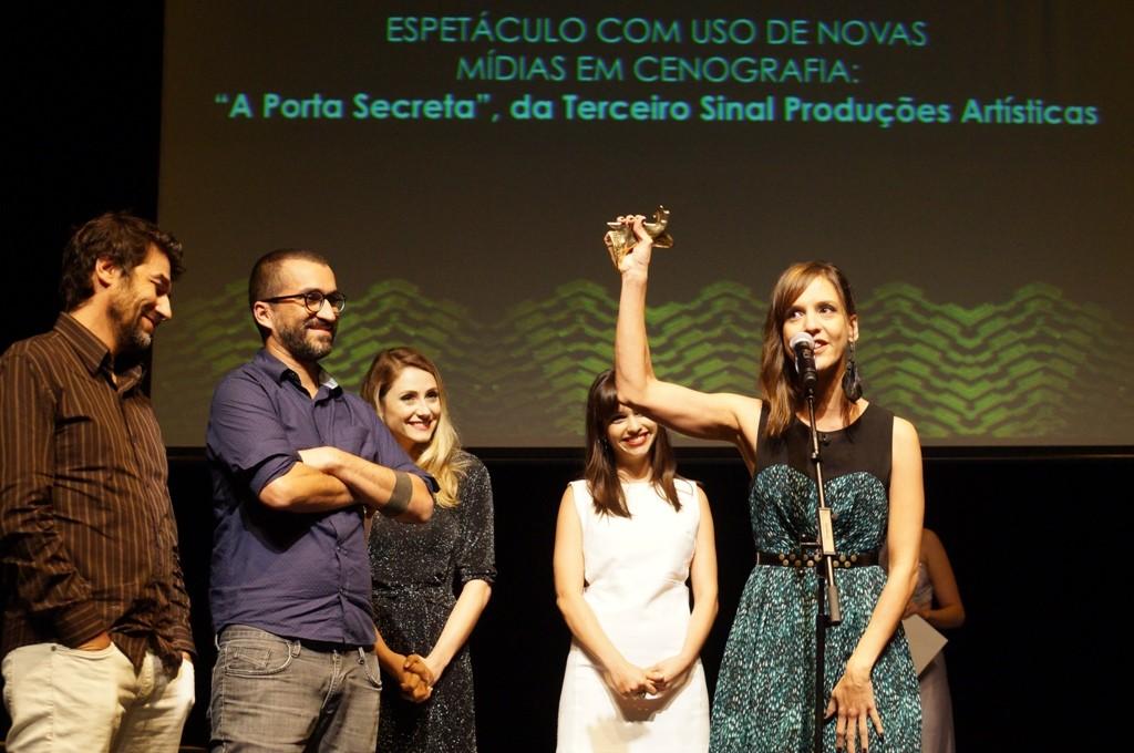 Equipe de A Porta Secreta comemora o APCA - Foto: Roberto Ikeda/Divulgação
