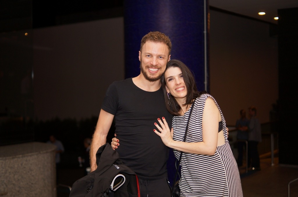 O músico Daniel Maia e a atriz Helô Cintra - Foto: Roberto Ikeda/Divulgação