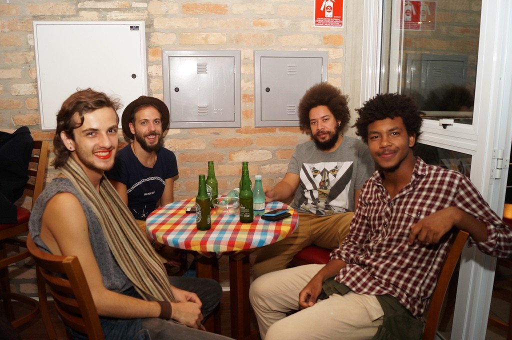 Matheus Martins, Rael Barja, Rafael Ferro e Lucas Gabriel Wickhaus - Foto: Roberto Ikeda/Divulgação