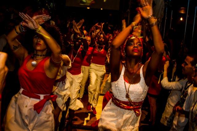 Cultura afrobrasileira marca presença no Ato Cultura pela Democracia no Teat(r)o Oficina, em São Paulo - 4/4/2016 - Foto: Jennifer Glass/Fotos do Ofício/Divulgação