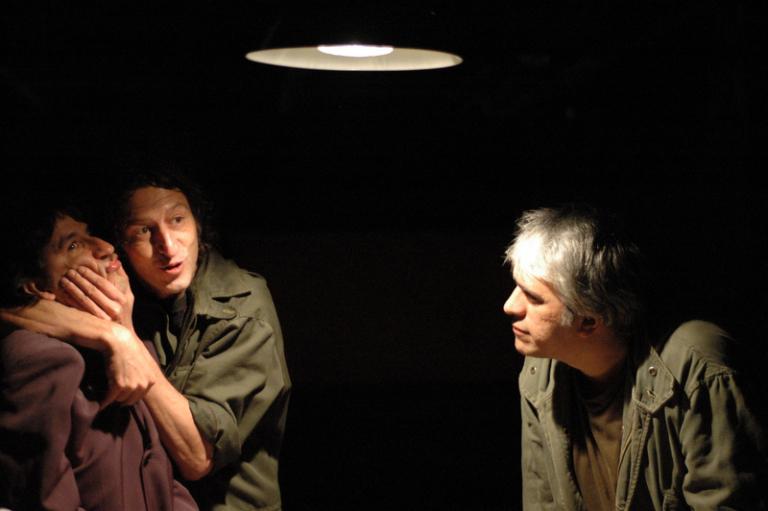 Mário Bortolotto (à dir.) em cena de Getsemani - Foto: Bob Sousa