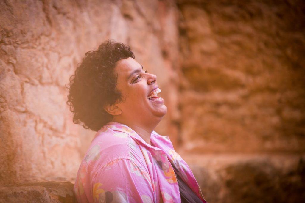 Ana Claudino, a Sapatão Amiga, em retrato de Annelize Tozetto - Blog do Arcanjo